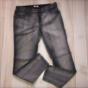 LEI Stretch Skinny Jeans Gray Size L